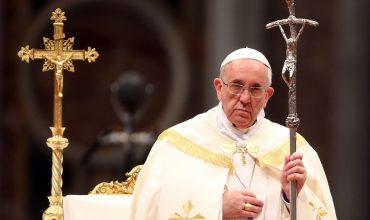 """Tajná správa kardinála Tomka mala uniknúť do médií. Pápež hovorí o """"Veľkom žalobcovi"""""""